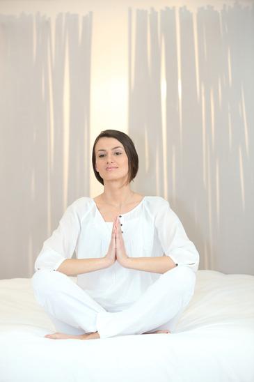 Learning how to fall asleep using Yoga